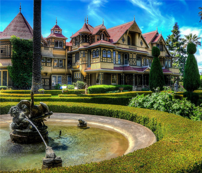 Outside view of Winchester Mystery House